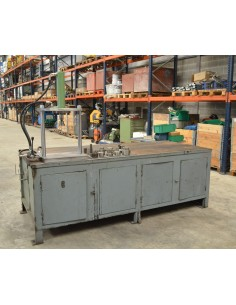 Banco de trabajo con prensa hidráulica motorizada 30t